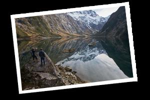 Lake Marian GUided DAy WAlk Milford SOund Te Anau NZ